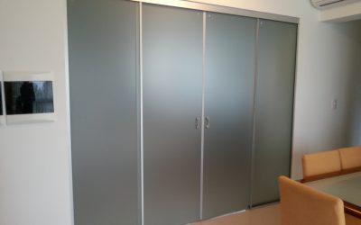 Portas e Divisórias